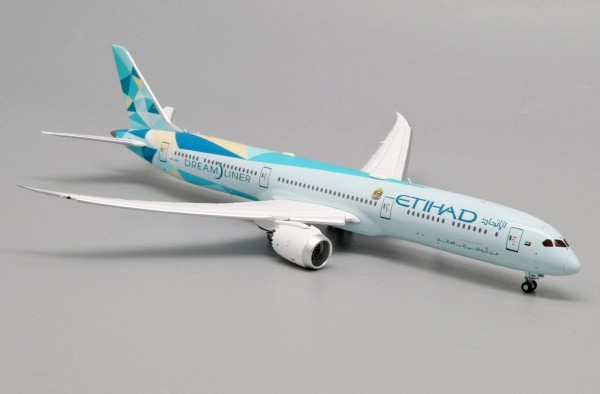 """Boeing 787-10 Etihad Airways """"Greenliner Livery"""" Flaps Down Version A6-BMH Scale 1/400"""