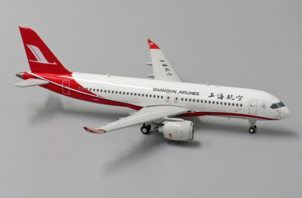 COMAC C919 with Antenna Shanghai Airlines Scale 1/400