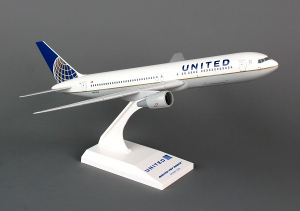 Boeing 767-300 United Airlines Scale 1/200