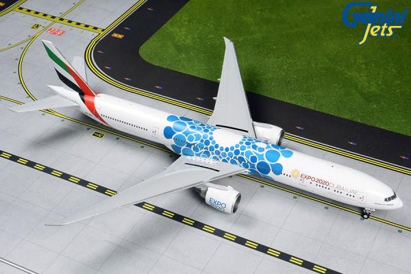 """Boeing 777-300ER Emirates """"Blue Expo 2020"""" A6-EPK Scale 1/200"""
