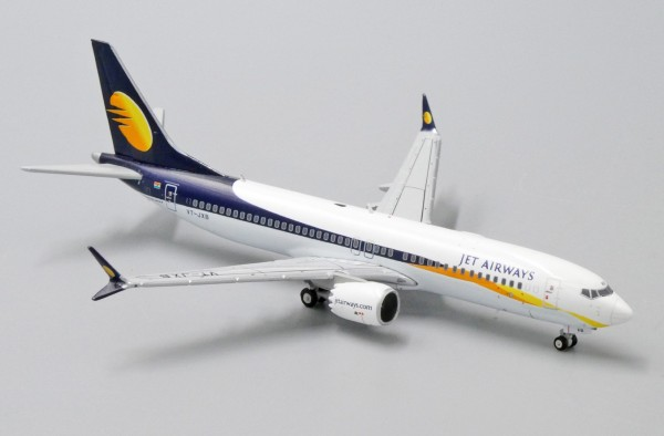 Boeing 737-MAX8 Jet Airways VT-JXB Scale 1/400