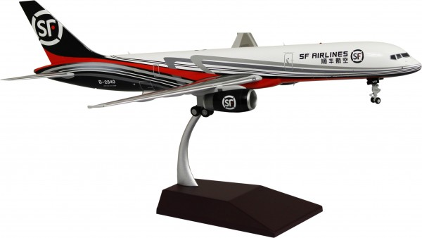 Boeing 757-200F SF Airlines B-2840 Scale 1/200