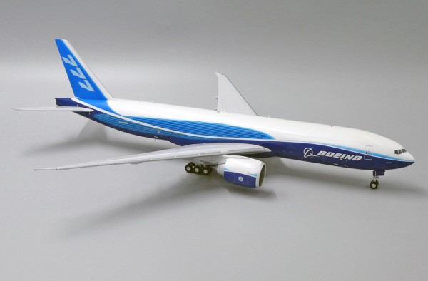 """Boeing 777-F2B """"House Color"""" N5020K Scale 1/200"""