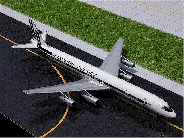 Douglas DC-8-61F Universal Airlines Scale 1/400