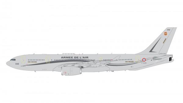 Airbus A330-200 MRTT French Air Force Armee de l'Air F-UJCH Scale 1/200