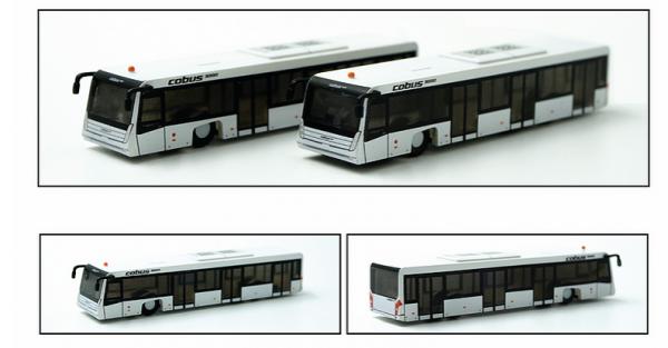 Airport Bus Cobus3000 Set of 2 Scale 1/200 #