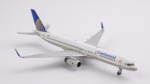 Boeing 757-200 Continental Airlines N17126 Scale 1/400