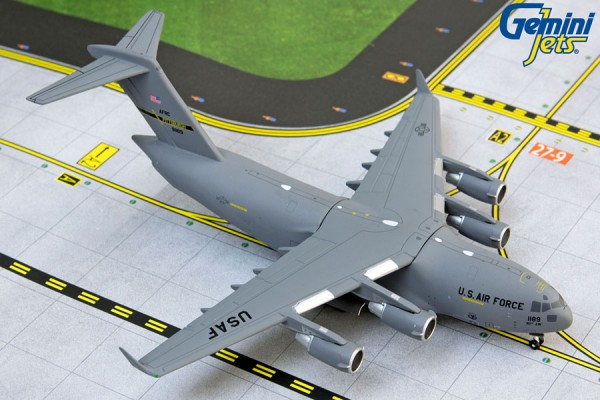 "Boeing C-17 Globemaster III United States Air Force (USAF) ""Pittsburgh ARS"" Scale 1/400"