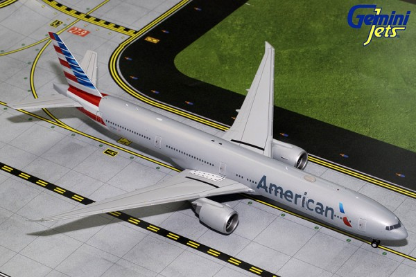 Boeing 777-300ER American Airlines Scale 1/200
