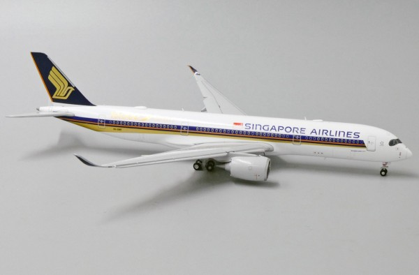 """Airbus A350-900 Singapore Airlines """"10,000TH Airbus Aircraft"""" Flaps down Version 9V-SM Scale 1/400"""