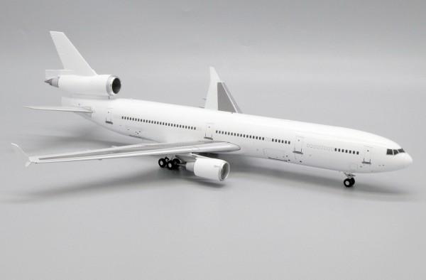 """McDonnell Douglas MD-11 """"Blank"""" Scale 1/200"""