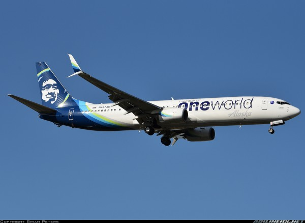 """Boeing 737-900ER Alaska Airlines """"oneworld"""" Livery N487AS Scale 1/400"""