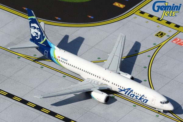 Boeing 737-900 Alaska Airlines Scale 1/400