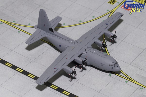 Lockheed C-130J Hercules Royal Air Force (RAF) Scale 1/400