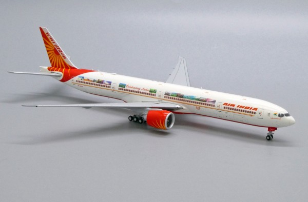 "Boeing 777-300ER Air India ""Celebrating India"" VT-ALN Scale 1/400"