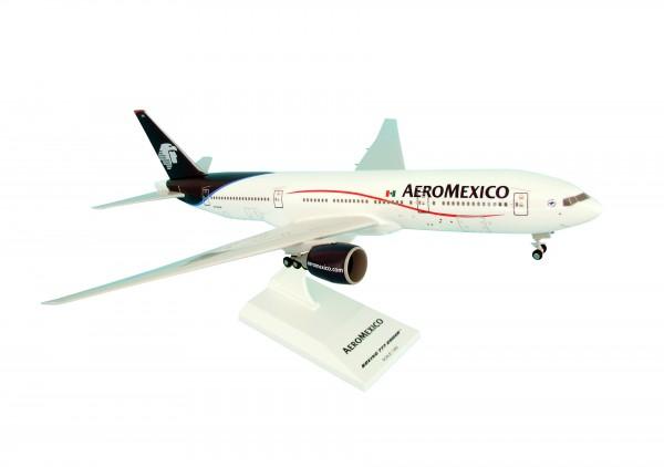 Boeing 777-200ER Aeromexico N745AM Scale 1/200 w/Gear