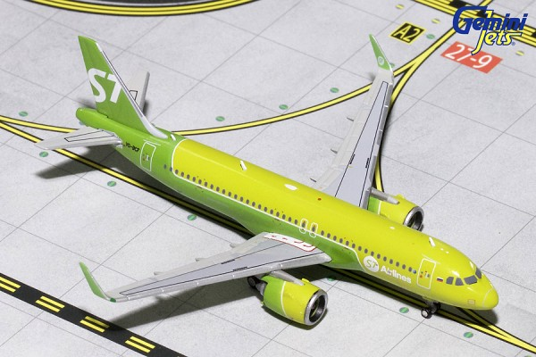 Airbus A320neo S7 Airlines VQ-BCF Scale 1/400