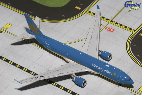 Airbus A330-200 Vietnam Airlines Scale 1/400