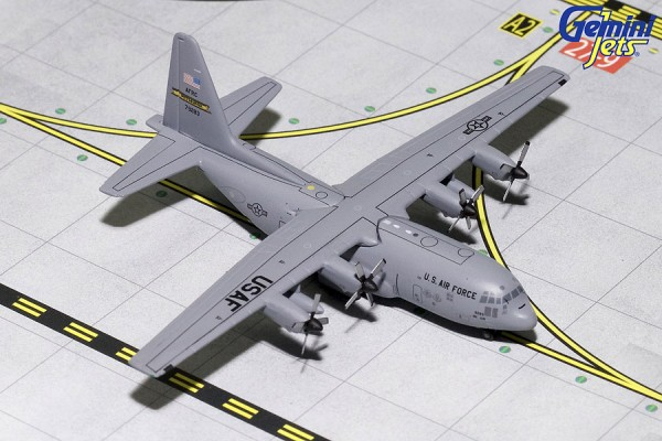 "Lockheed C-130 Hercules United States Air Force (USAF) ""Pittsburgh Air Force Reserve"" Scale 1/400"