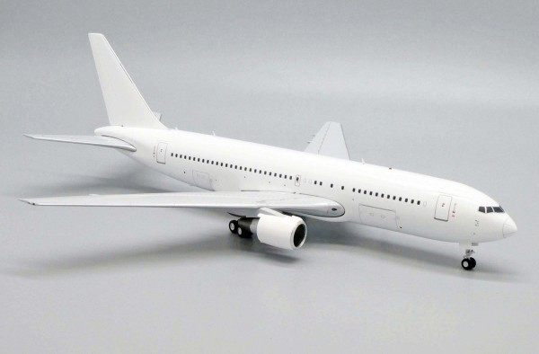 """Boeing 767-200 with PW Engines """"Blank"""" Scale 1/200"""