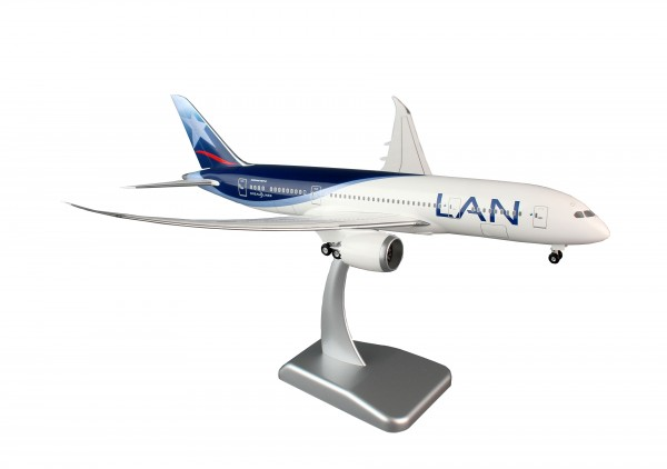 Boeing 787-8 LAN Airlines Scale 1:200