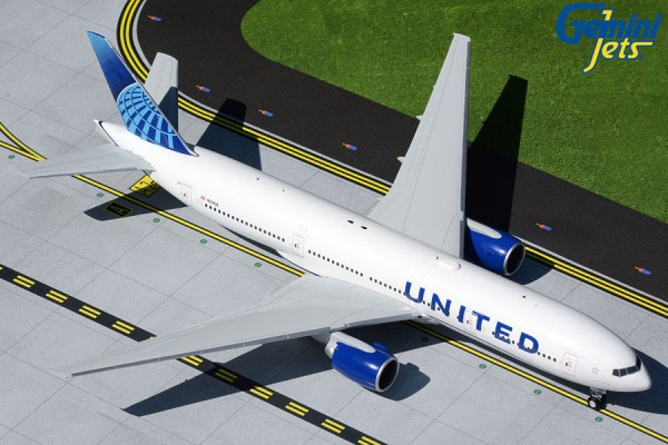 Boeing 777-200 United Airlines New Livery N210UA Scale 1/200