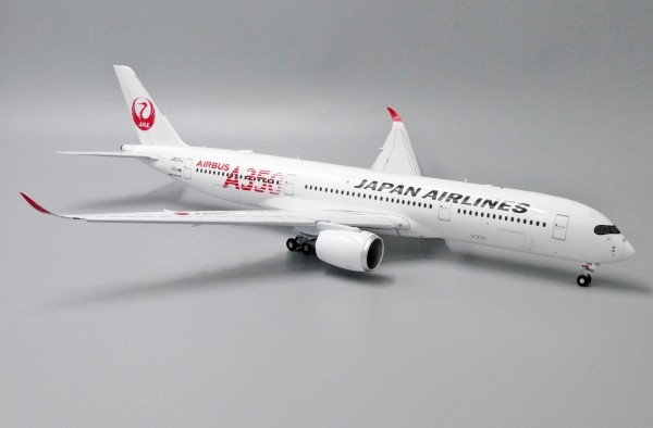 """Airbus A350-900XWB Japan Airlines """"JAL RED"""" Flaps Down Version JA01XJ Scale 1/200"""
