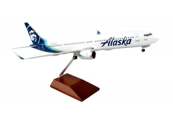 Boeing 737-MAX9 Alaska Airlines Scale 1/100 w/Gear
