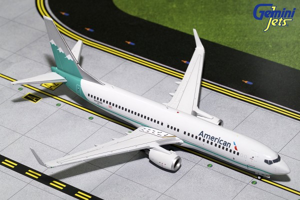 """Boeing 737-800 American Airlines """"Reno Air Retro' Livery"""" Scale 1/200"""