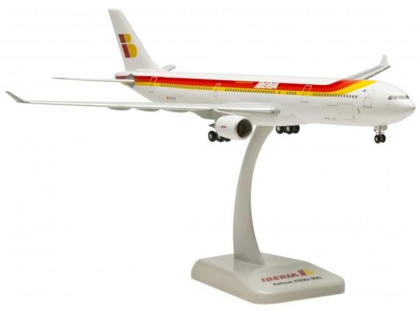 Airbus A330-300 Iberia Scale 1:200