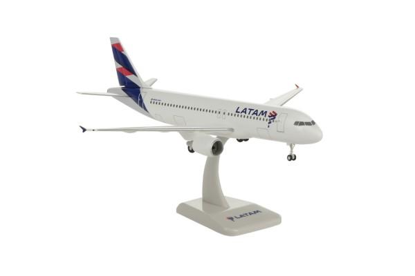 Airbus A320 LATAM Scale 1:200