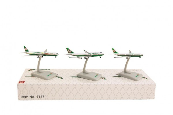 3 IN 1 SET A330-200, 747-400, 777-300ER EVA Air Scale 1:1000