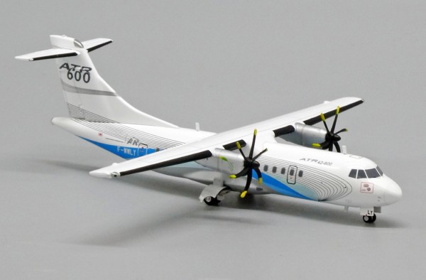 Avions de Transport Régional ATR42-600 House Color F-WWLY Scale 1/200