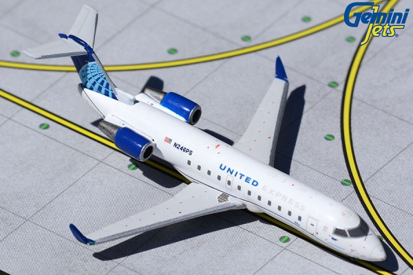 Bombardier CRJ-200LR United Express/SkyWest Airlines N246PS Scale 1/400