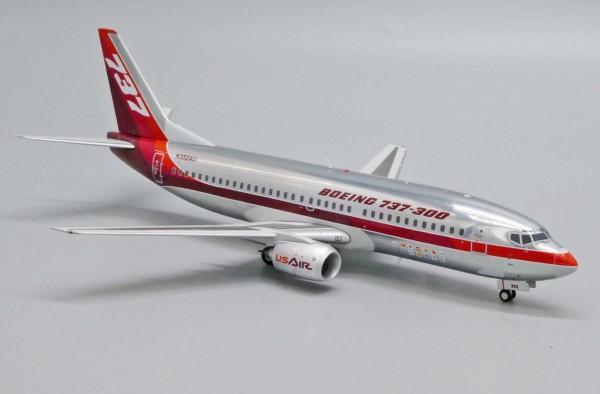 """Boeing 737-300 House Color """"Farnborough Air Show 1984"""" N352AU Scale 1/200"""