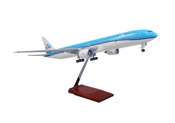 Boeing 777-300ER KLM Scale 1/100 w/Gear