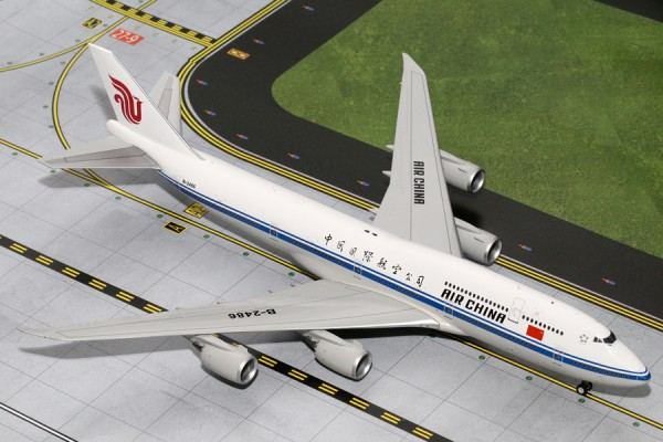 Boeing 747-8i Air China Scale 1/200