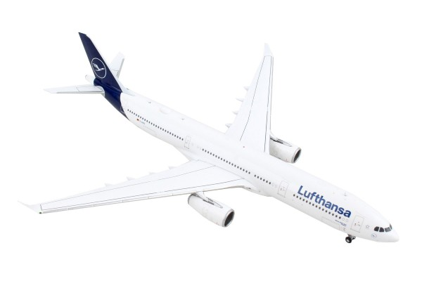 Airbus A330-300 Lufthansa New Livery D-AIKO Scale 1/400