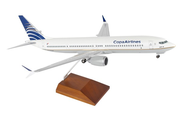 Boeing 737-MAX9 Copa Airlines Scale 1/100 w/Gear