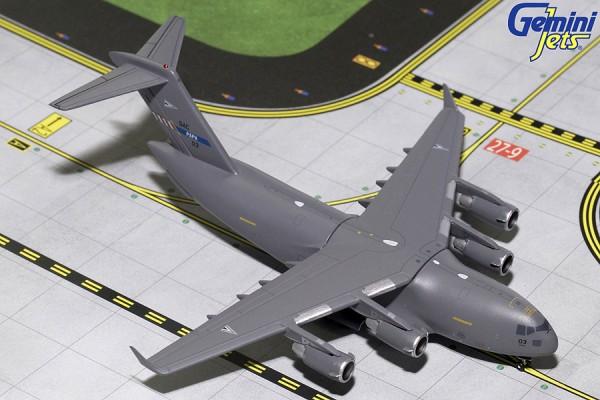 Boeing C-17 Globemaster III Nato Papa SAC-03 Scale 1/400