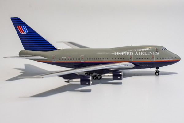 """Boeing 747SP United Airlines """"Battleship"""" livery N145UA Scale 1/400"""