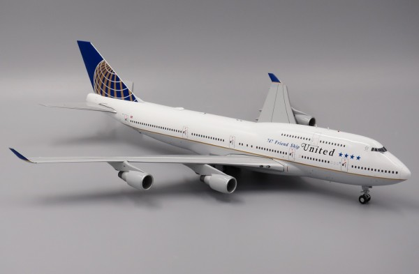 """Boeing 747-400 United Airlines """"747Friendship"""" Scale 1/200"""