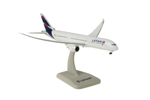 Boeing 787-9 LATAM Scale 1:400