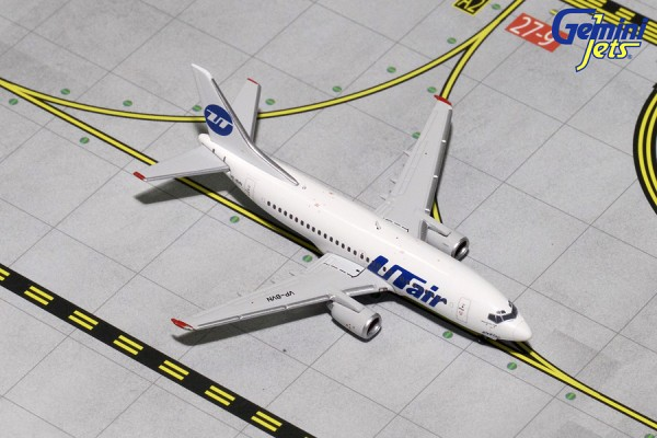 Boeing 737-500 UTair Airlines Scale 1/400
