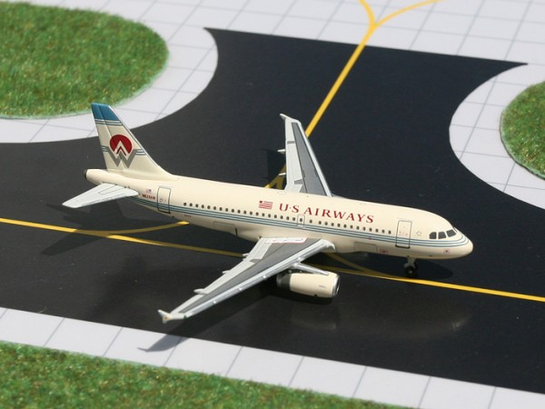"Airbus A319 US Airways ""America West retro colors"" N828AW Scale 1/400"