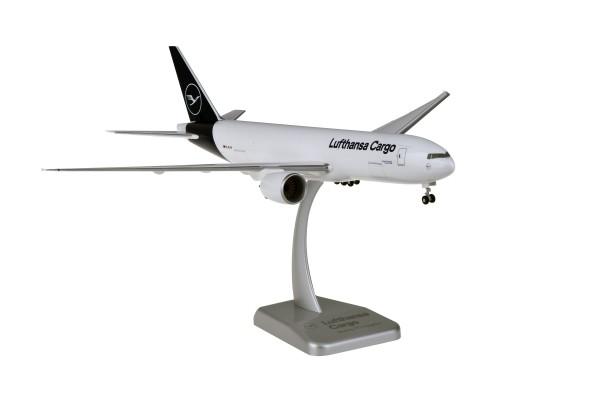 Boeing 777F Lufthansa Cargo New Livery D-ALFA Scale 1:200 w/G