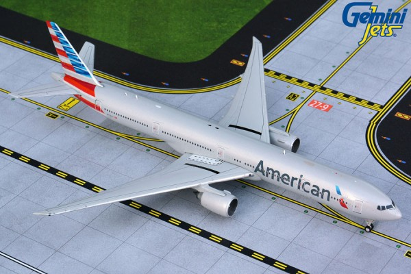 Boeing 777-300ER American Airlines Scale 1/400