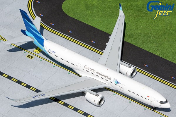 Airbus A330-900neo Garuda Indonesia PK-GHF Scale 1/200