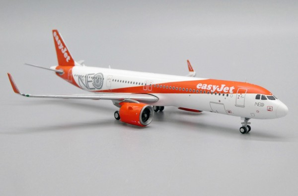"""Airbus A321neo EasyJet """"A321NEO Title"""" G-UZMA Scale 1/400"""