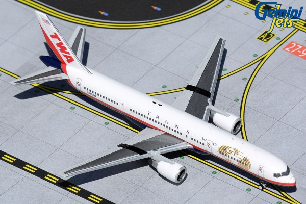 """Boeing 757-200 Trans World Airlines (TWA) """"Final Livery"""" N725TW Scale 1/400 +++"""